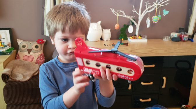 BRIO Cargo Helicopter Review