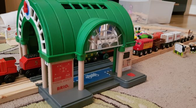 BRIO Central Train Station Review