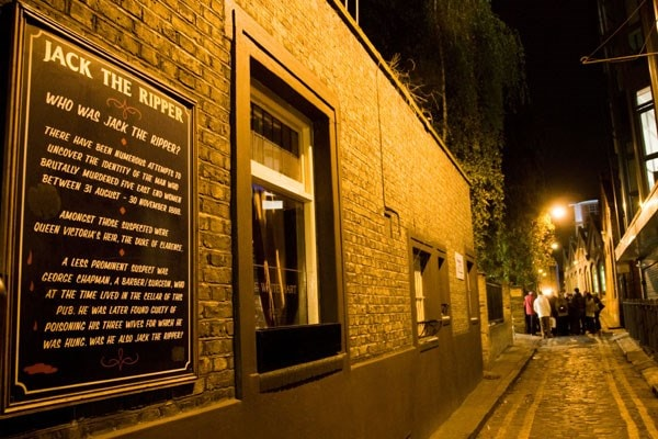 Walk the path of Jack the Ripper