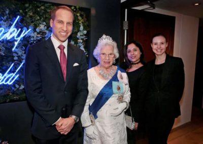 Prince-William-&-Queen-lookalike-3