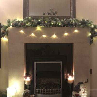 christmas fireplace display