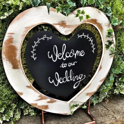 Heart shaped welcome sign