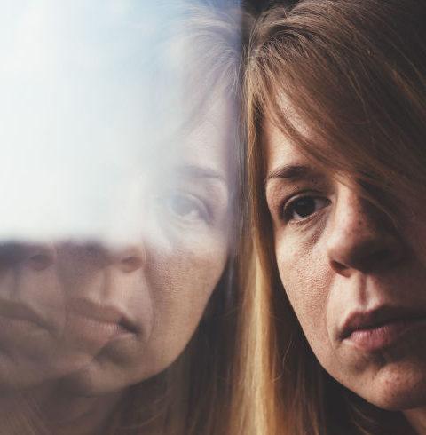 Pse nuk pranova te abortoj burri me rrahte dhe me linte pa buk , Linda dhe tentova te bej vetvrasje por vaji i djalit me