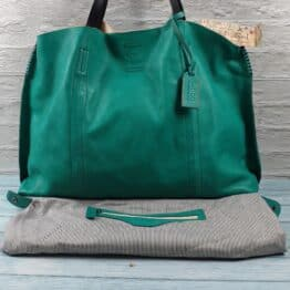 Old Trend Forest Island Tote