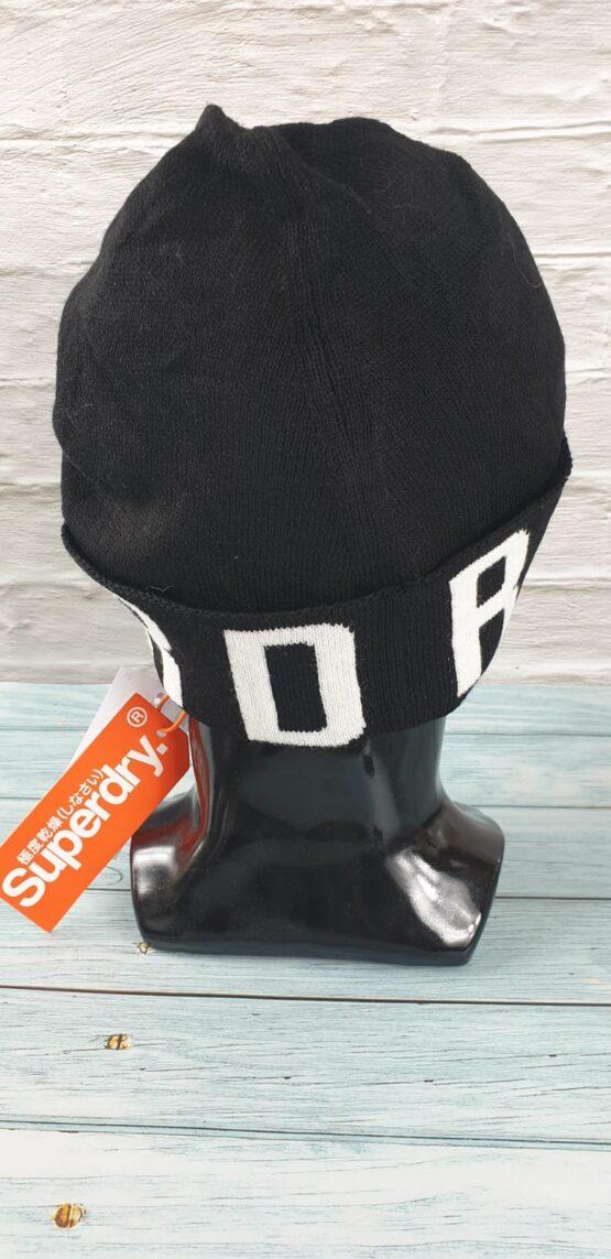 Superdry Beanie in black, urban logo