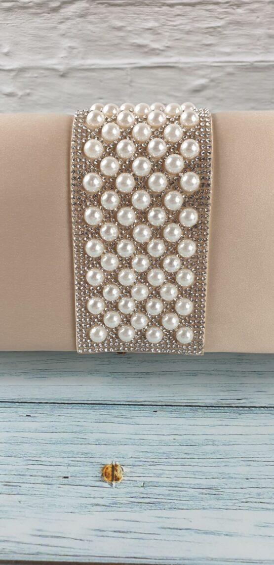 Pearl Ribbon Clutch bag