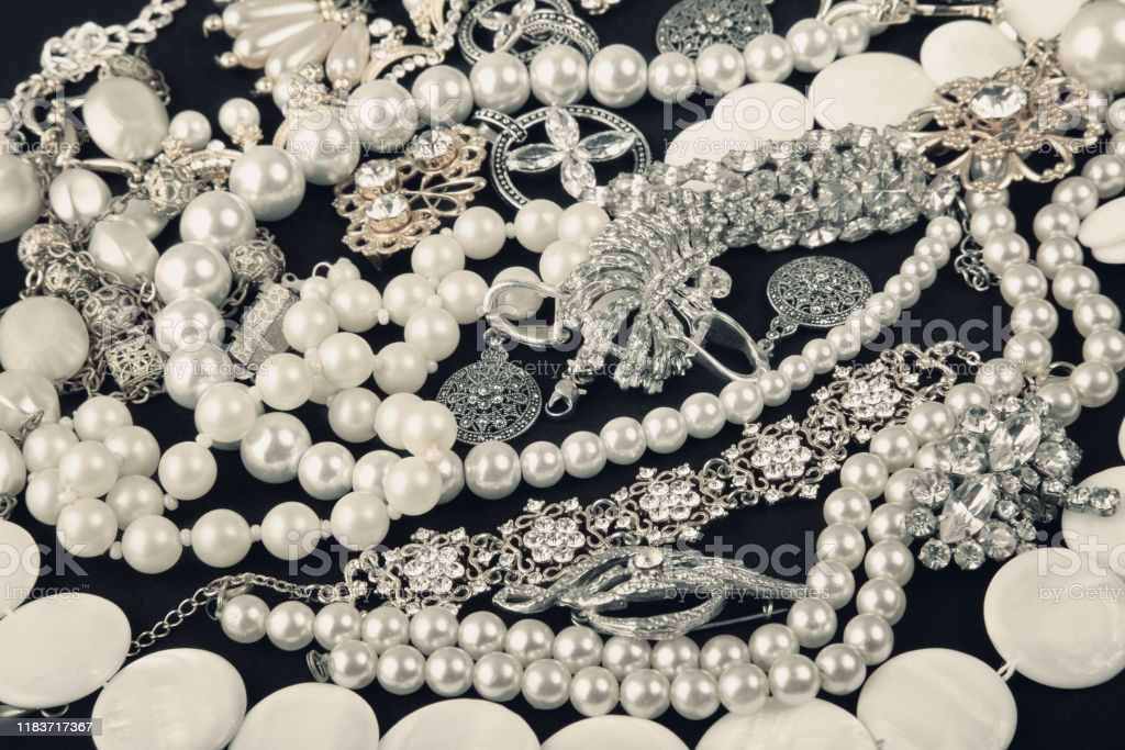 About Diamond or Pearls