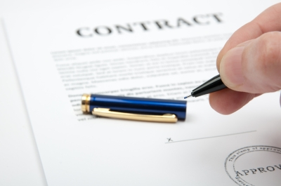 A legal alert! About to sign a contract image