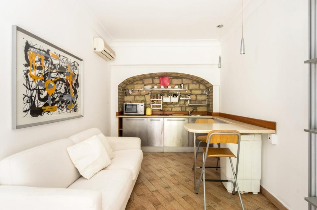 prati-1-bedroom1-rome-italy