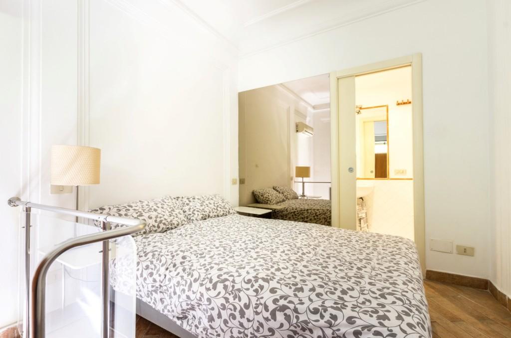 vatican-prati-1-bedroom1-rome-short-term-rental-2