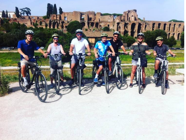 GEO-Lungotevere-Things-to-do-in-Rome-cheap-bike-rentals-and-tours-activities-in-ITaly-3