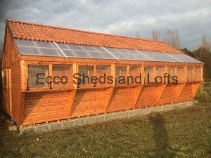 36ft x 19ft Deluxe Tiled Loft with box aviary