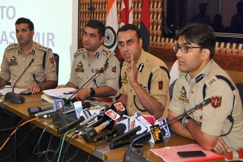 Four Lashkar-e-Toiba militants involved in Shujaat Bukhari killing: Police
