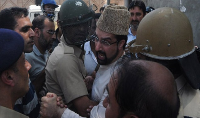 Seeking resolution of Kashmir issue not a crime, says Mirwaiz