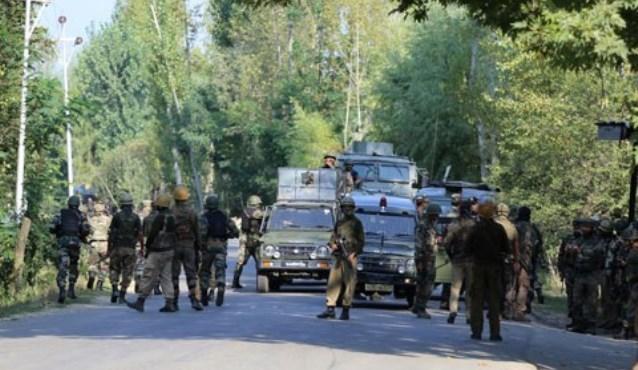 Kashmir: Two militants killed in Shopian gunfight, Internet suspended