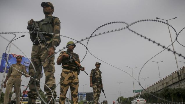 DAY 28: NORMAL LIFE CONTINUES TO REMAIN HIT IN KASHMIR