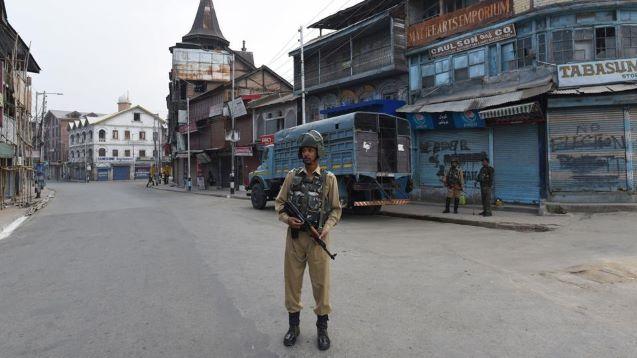 14 US Congressmen urge PM Modi to restore communication in Kashmir