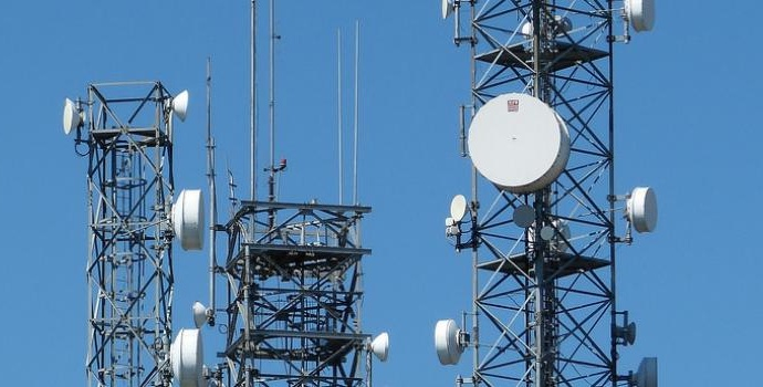 KASHMIR: NO IMMEDIATE SIGNS OF RESTORING MOBILE, INTERNET FACILITY IN VALLEY