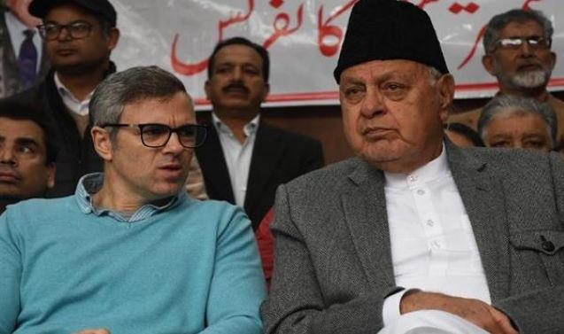 Kashmir: 15-Member NC Delegation Meets Abdullahs In Srinagar
