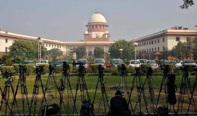Kashmir: SC Hears Pleas Against Article 370, Information Blockade