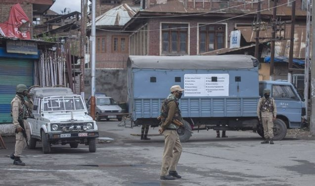 Answer Every Question Raised On Curbs Imposed In Kashmir: SC To JK Admin