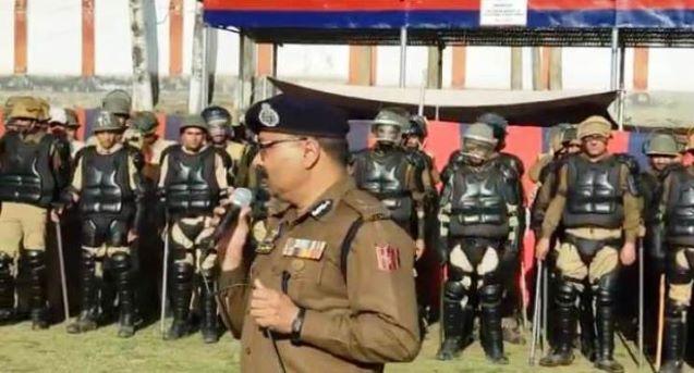 Kashmir: Will restore broadband Internet in phases; claims J&K DGP