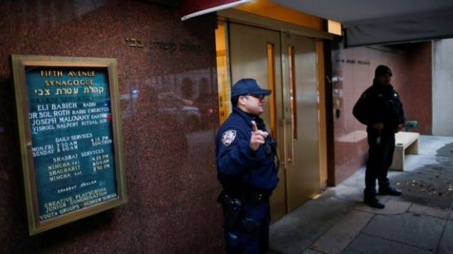 Several stabbed at home of New York rabbi