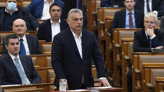 Viktor Orban provokes neighbours with historical map of Hungary