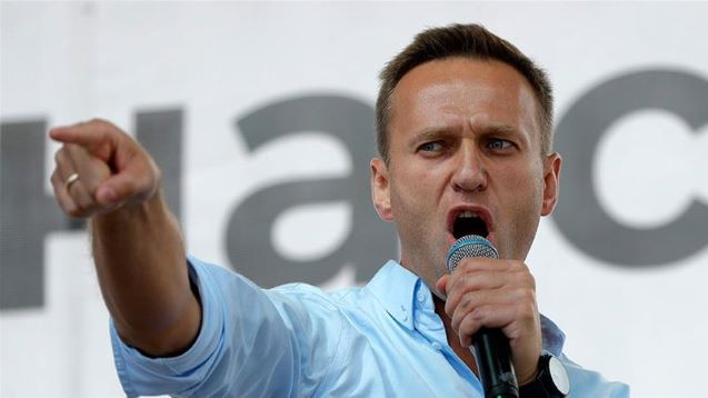 Alexei Navalny says 'amazing' to breathe unaided, eyes Russia return