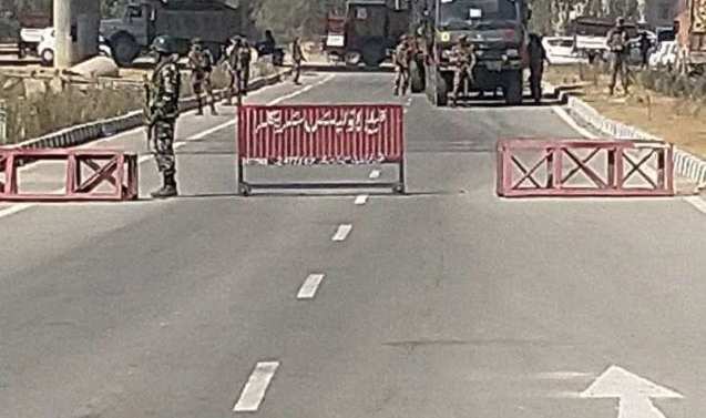 Two CRPF personnel killed, three wounded in militant attack in Pampore
