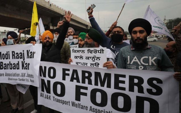 Indian farmers to step up protests after rejecting offer to defer controversial new laws