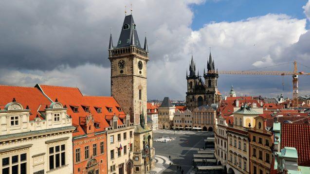 Czech Republic scraps plans to reopen shops, mandates DOUBLE masking in public