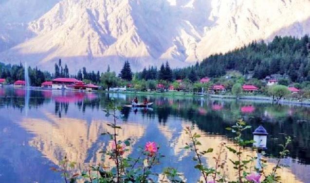 Kashmir: Regulation of G-B tourism on cards