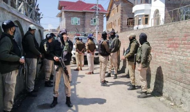 Kashmir: Two out of three militants killed in Kakapora encounter involved in Nowgam attack; says IGP