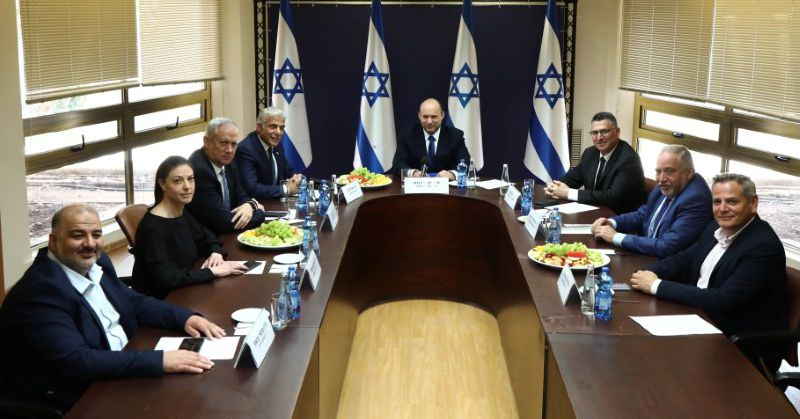 Cheers and jeers as Israel's parliament meets to install post-Netanyahu government
