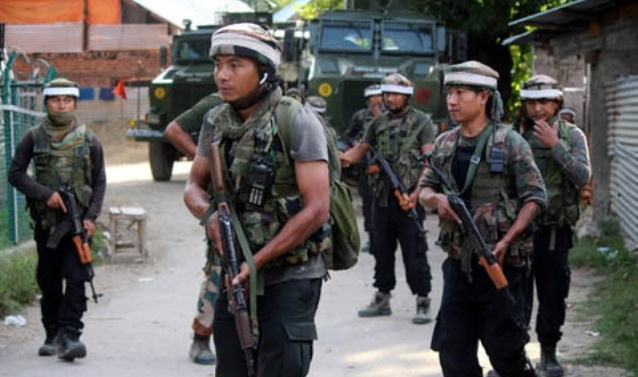 Cop killed, two others injured in militant attack in Kulgam