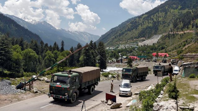 Kashmir: India and China pull troops back from Himalayan border flashpoint