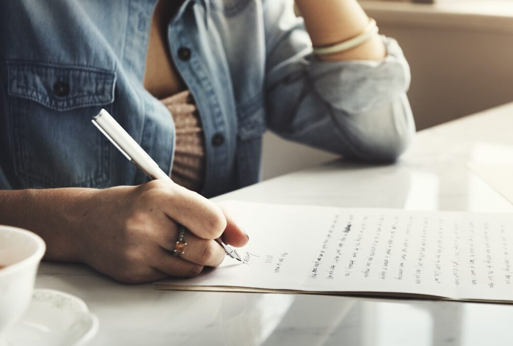 How to write a cover letter for a job?