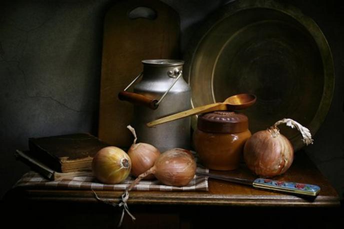 New Project: Still Life - Charcoal ColourWheel Art Classes