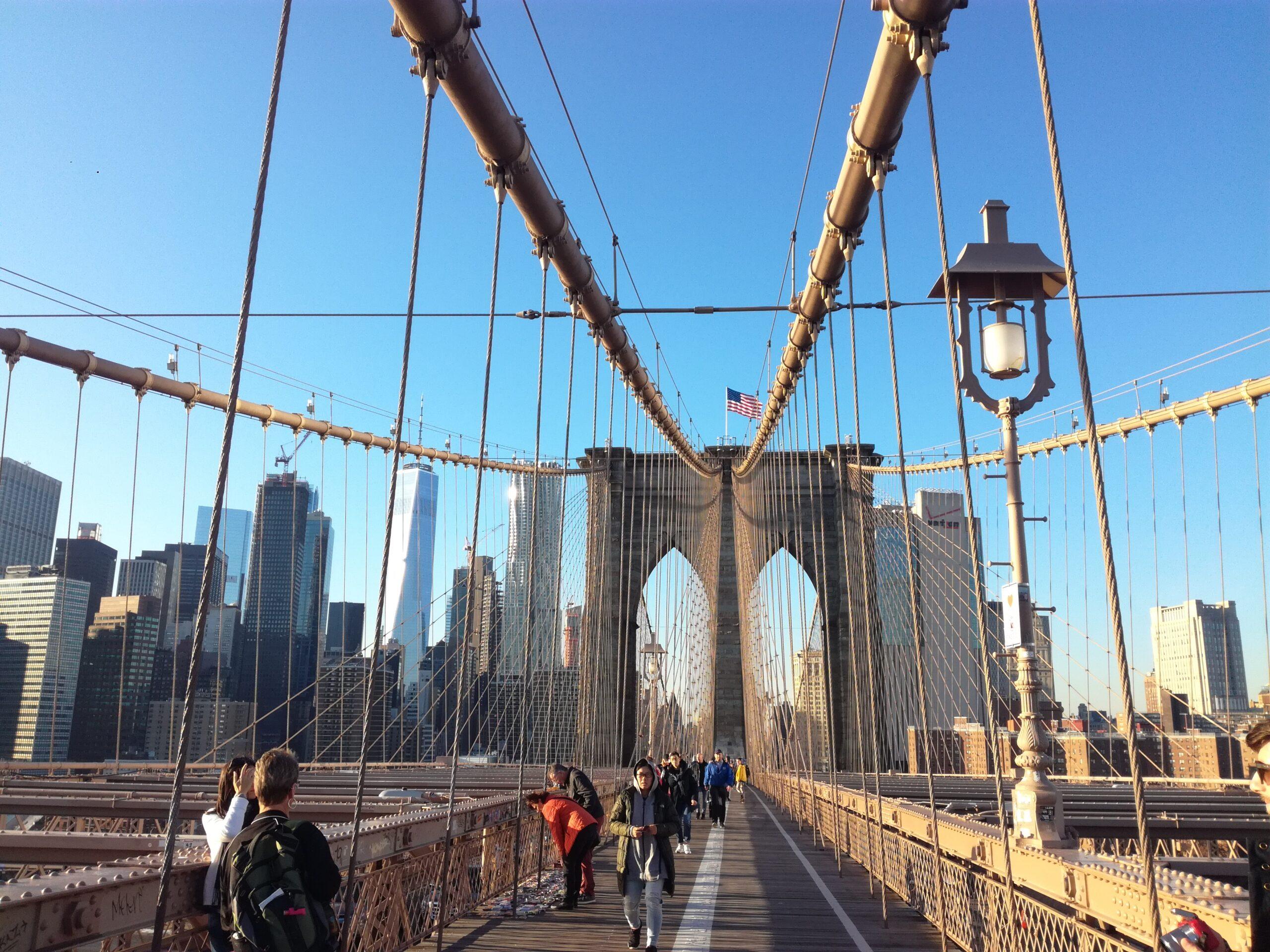 Attraversare il Ponte di Brooklyn
