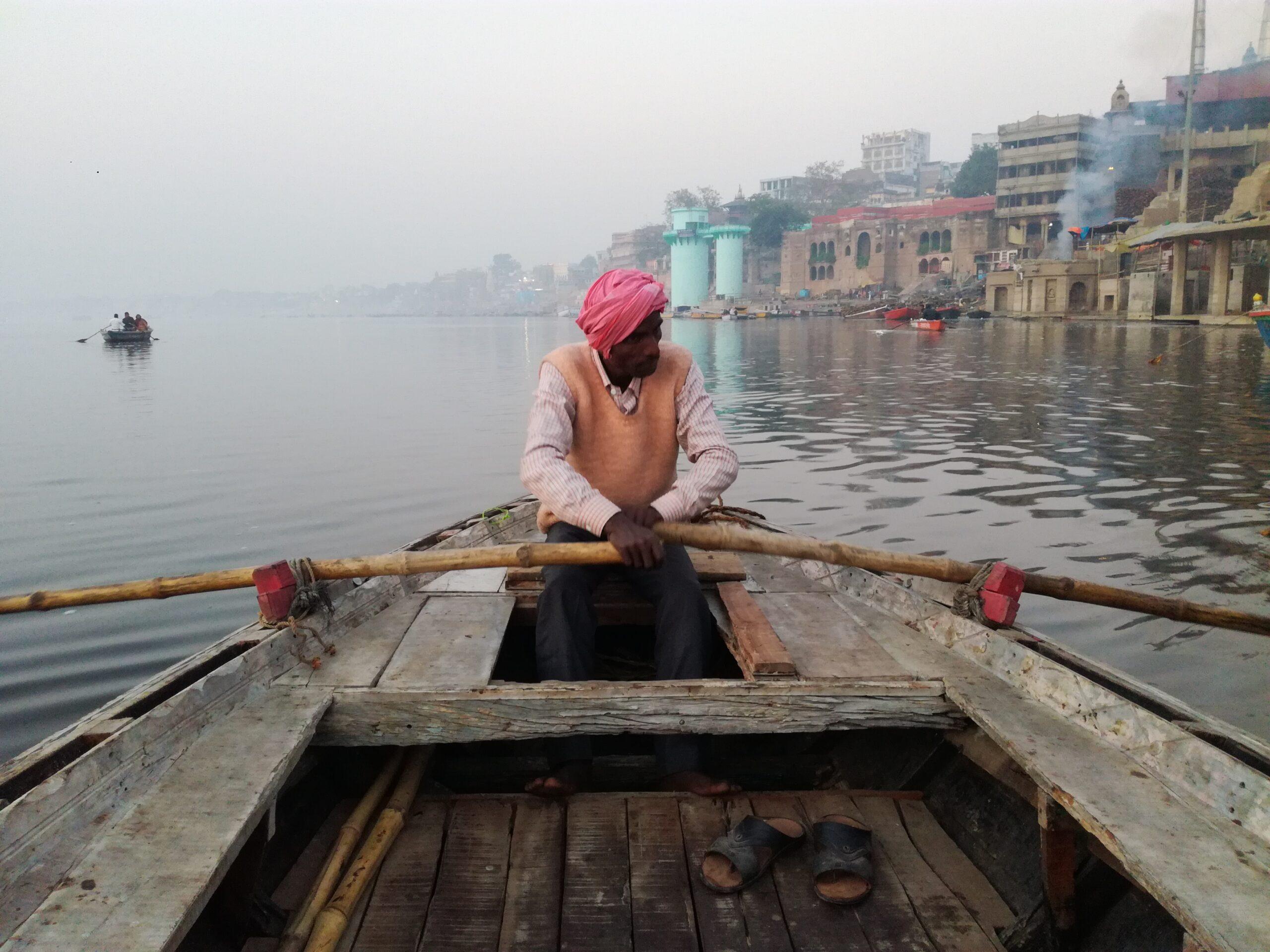 Fare un giro in barca sul Gange