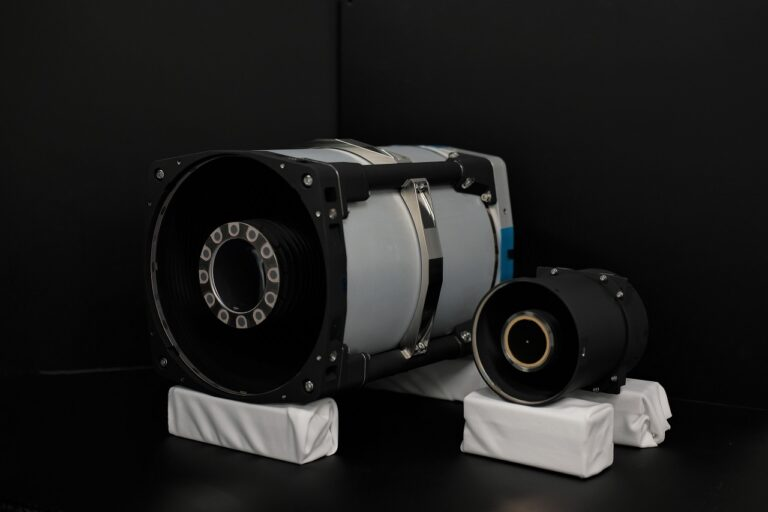 CubeSat Imager - xScape200 and xScape100