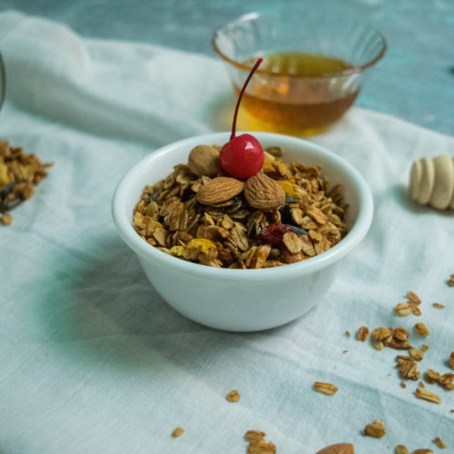healthy breakfast Baked Granola recipe
