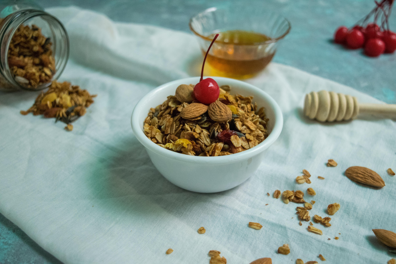 healthy breakfast Baked Granola recipe