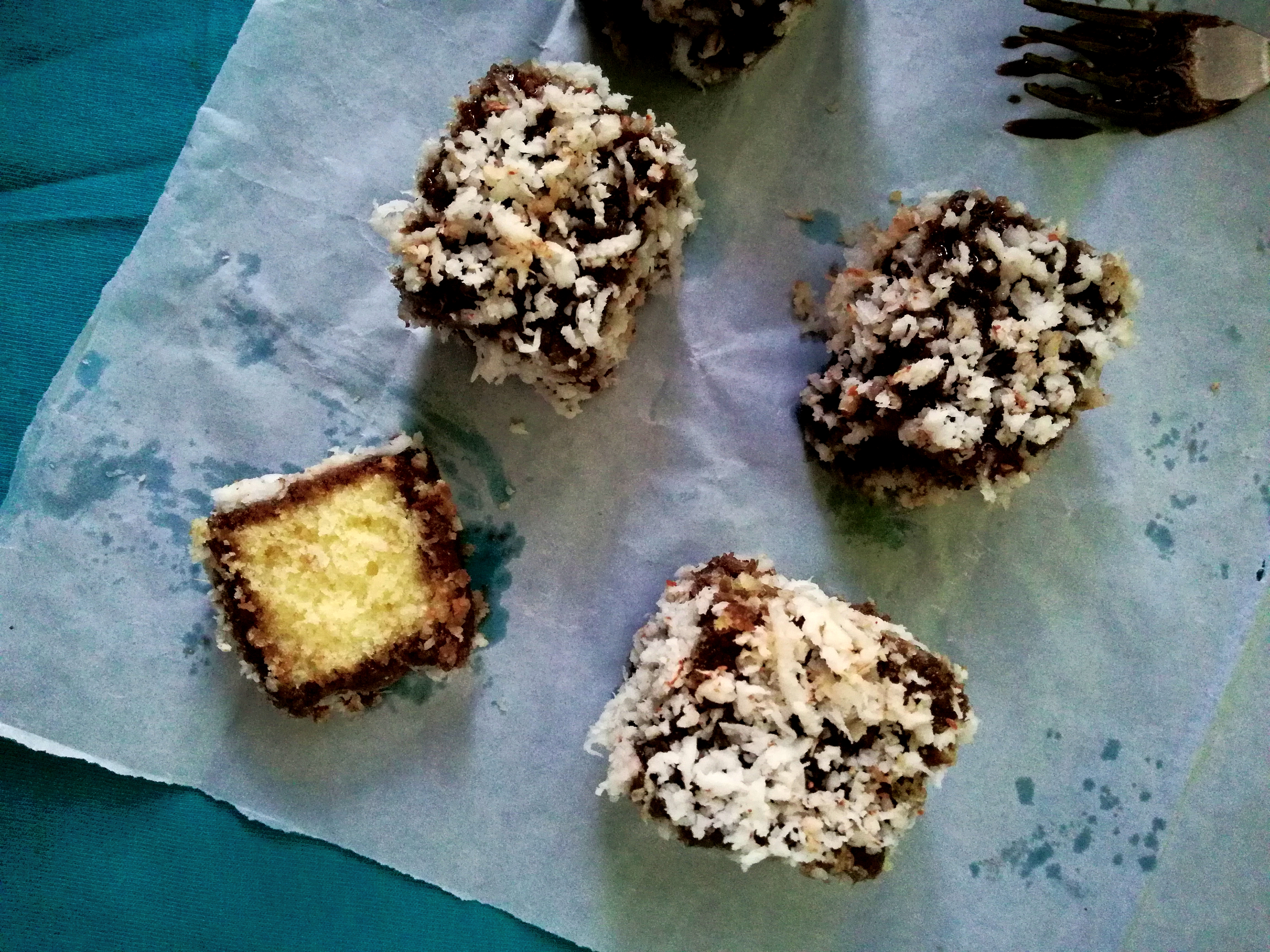Lamingtons in cooker