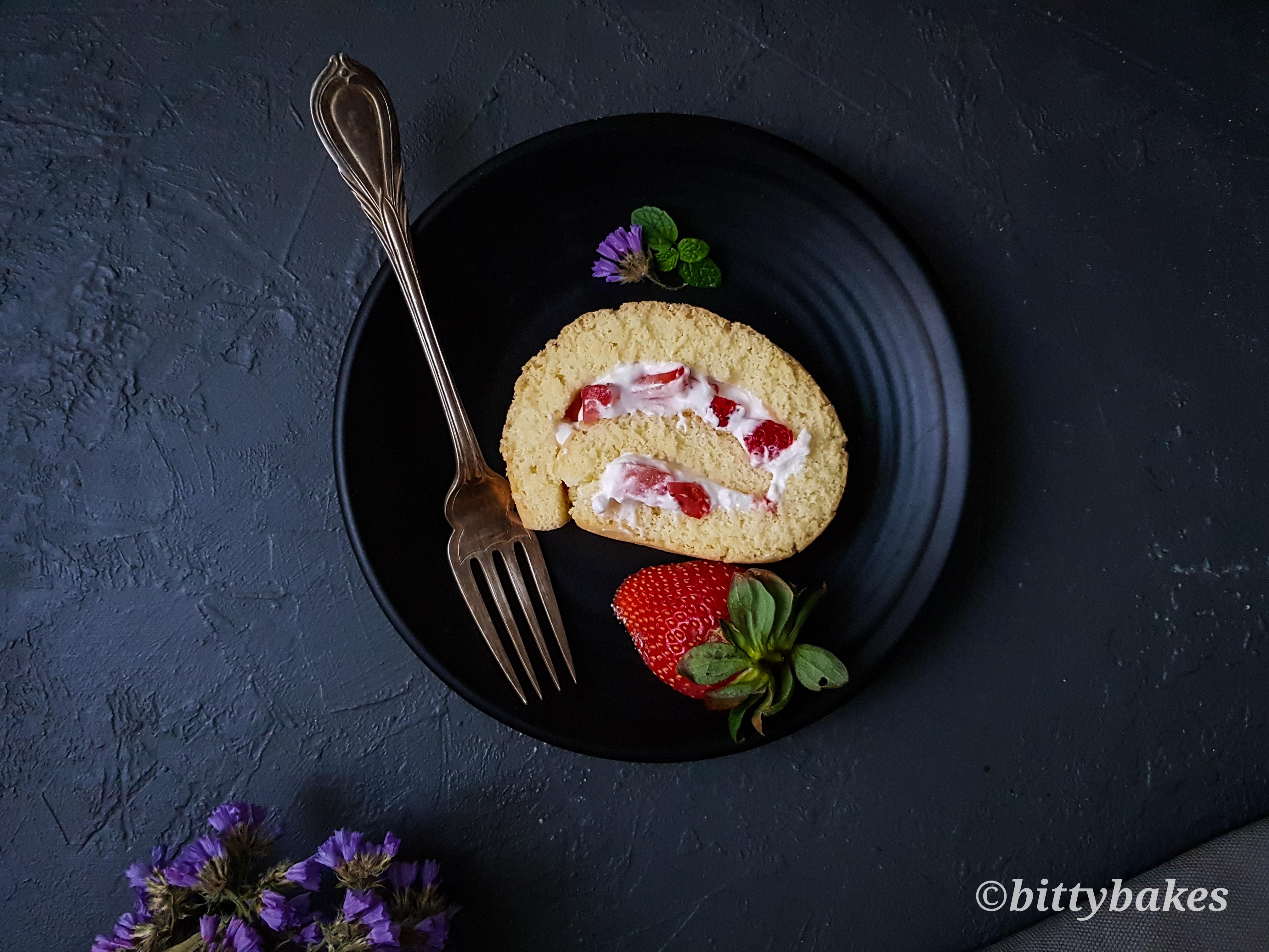 Strawberry and Cream Swiss Roll