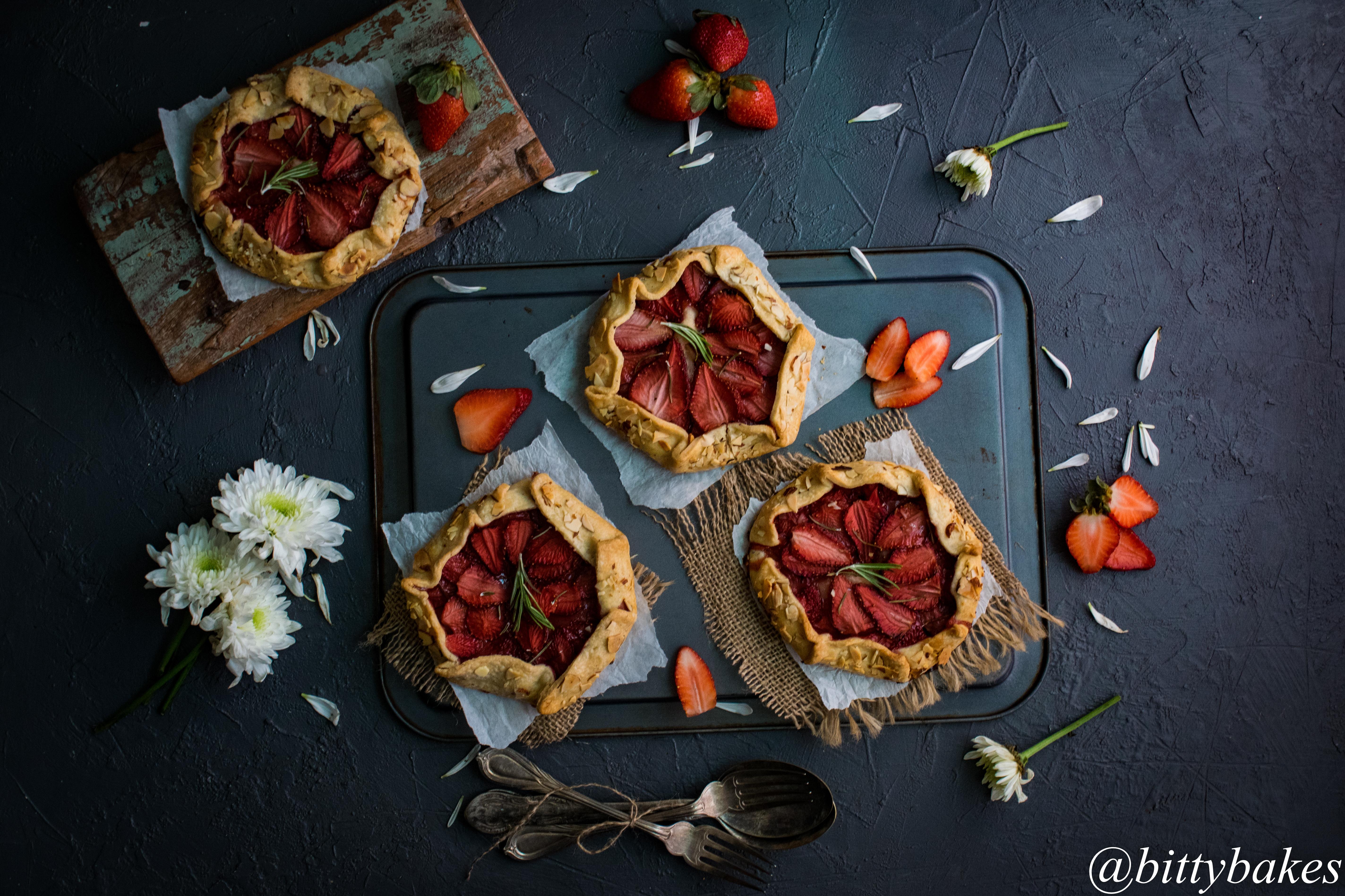 strawberry galette-2670