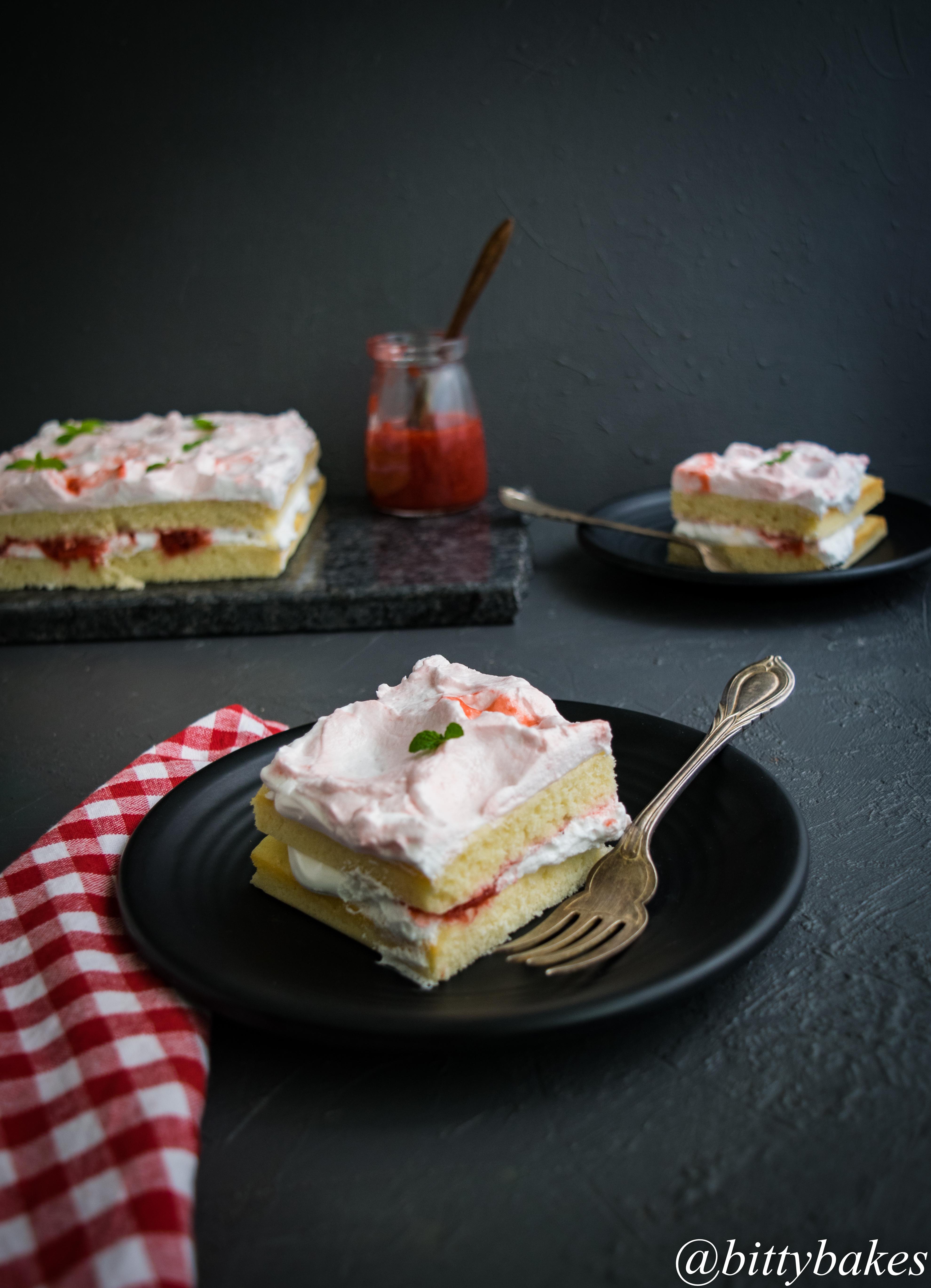 Easy Vanilla Sheet Cake