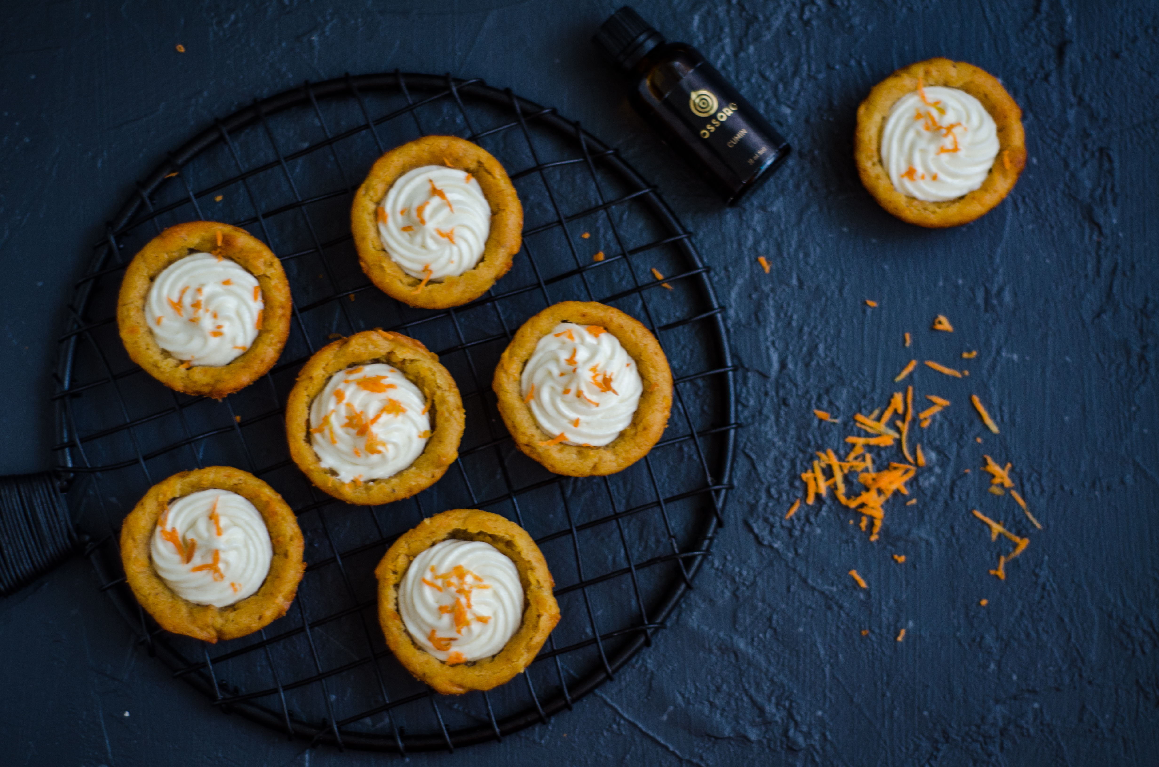 healthy carrot muffin cups
