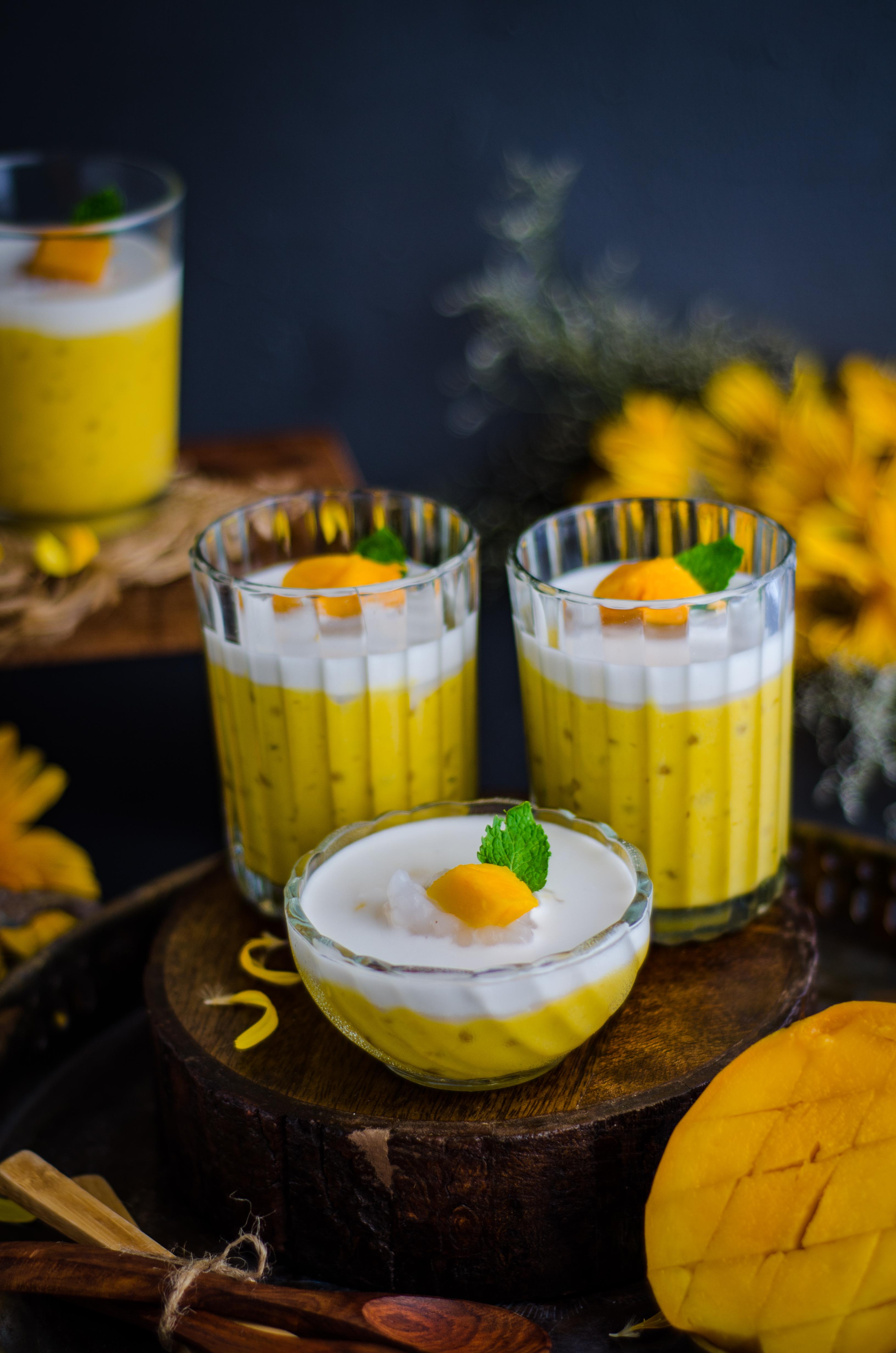 vegan mango sago pudding